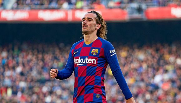 BARCELONA, SPAIN - FEBRUARY 15: Antoine Griezmann of FC Barcelona reacts after missing a chance during the Liga match between FC Barcelona and Getafe CF at Camp Nou on February 15, 2020 in Barcelona, Spain. (Photo by Pedro Salado/Quality Sport Images/Getty Images)