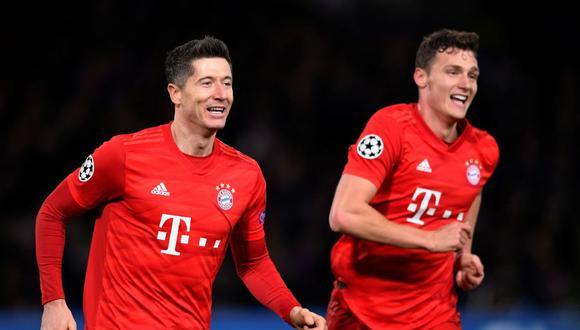 Robert Lewandowski llega 50 goles esta temporada en Bundesliga. (Reuters)