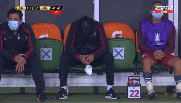 Luego de la segunda anotación de Palmeiras a Universitario, se pudo observar la reacción poca alentadores del técnico 'Crema'. (Captura: ESPN 2)