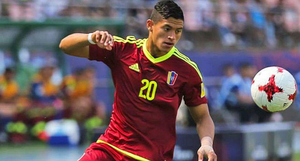 """""""Nos enfocamos en sacar los tres puntos ante la selección peruana"""""""