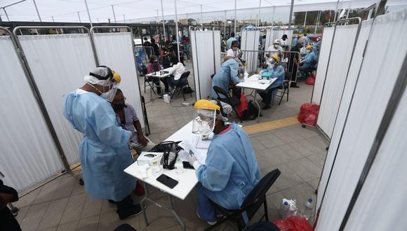 El Colegio Médico pidió que se modifiquen las medidas y la fiscalización. (Foto: GEC)