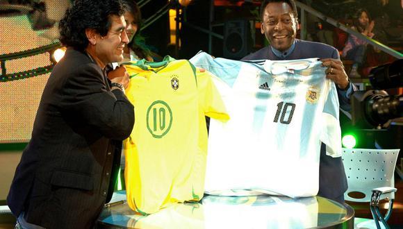 Pelé escribió una emotiva carta a Diego Maradona, a una semana del fallecimiento del argentino. (Foto: EFE)