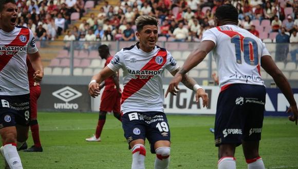 Universitario cayó goleado 3-0 ante Deportivo Municipal y se aleja de los primeros lugares del Clausura