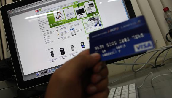 Los bancos deberán ofrecer tarjetas sin membresía. (Foto: Carolina Urra | GEC)