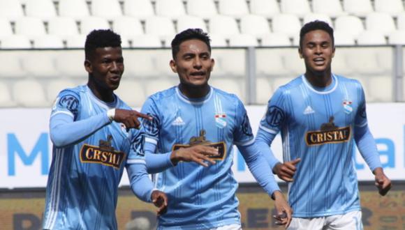 Universitario sufrió su segunda caída en el año. Foto: Liga 1