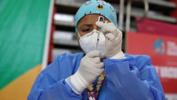 A la fecha, más de un millón 967 mil fueron inmunizados contra el coronavirus, con al menos una dosis. (Foto: Britanie Arroyo/GEC)