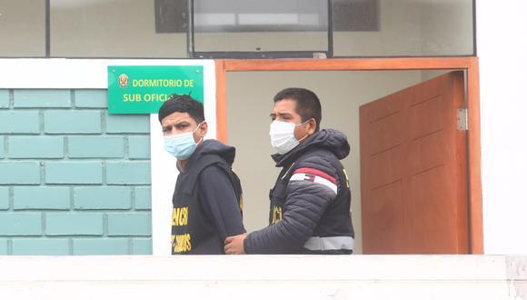 PNP capturó a tres sujetos de nacionalidad extranjera, quienes se dedicarían al asalto y robo a mano armada. Foto: Gonzalo Córdova/@photo.gec