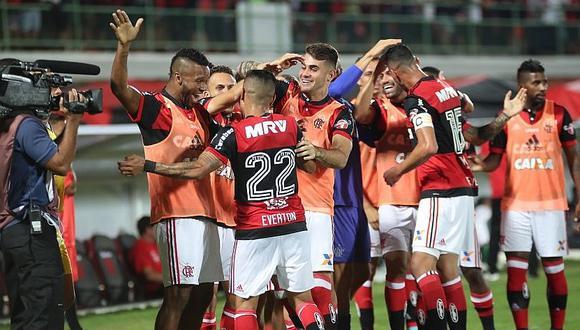 Flamengo derrota a Vasco da Gama y escala en el Brasileirao