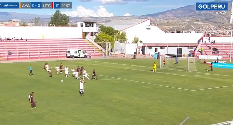 Ayacucho FC: quisieron imitar a los 'Supercampeones' y cometen el blooper del año ante UTC   VIDEO