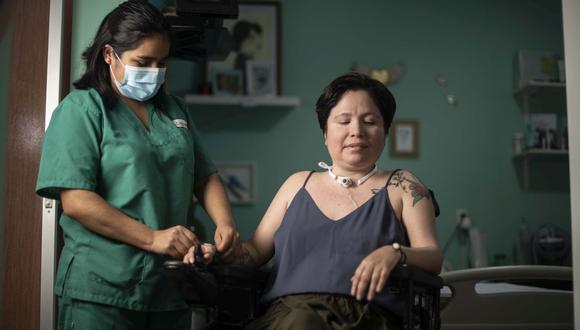Ana Estrada  sufre de una enfermedad degenerativa e irreversible. (Elías Alfageme)
