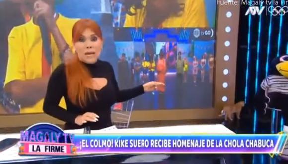 """Una gata ingresó al set de """"Magaly TV La Firme"""" y sorprendió a Magaly Medina"""