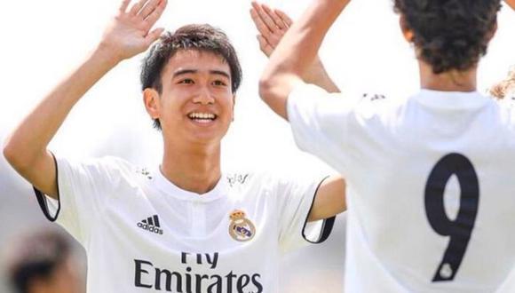 Takuhiro Nakai, con 16 años, entrenó con el primer equipo de Real Madrid.