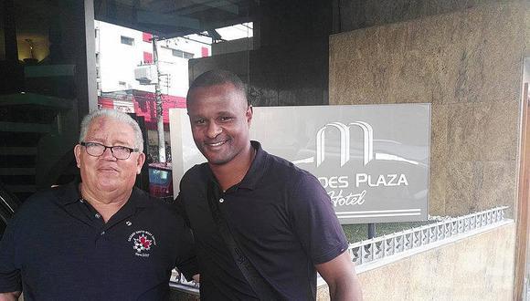 Selección peruana: ex mundialista premiado por directiva del Santos