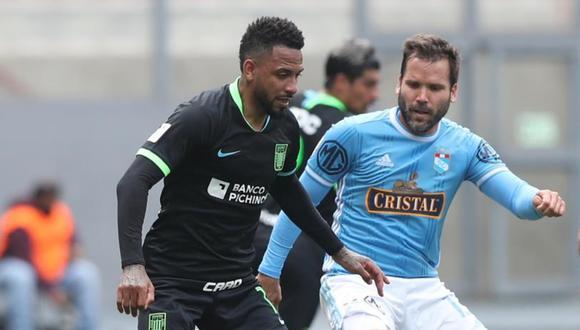 En un partido emocionante desde el inicio, Alianza y Cristal solo empataron 1-1 en el Estadio Nacional. FOTO: LFP