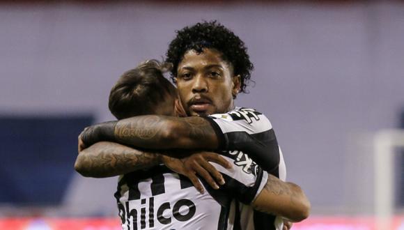 El vencedor de esta llave se medirá en los cuartos de final ante el triunfador de la serie entre el brasileño Gremio y el paraguayo Guaraní. | Foto: AFP