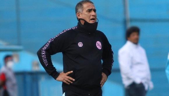 El director técnico dejó su cargo tras los malos resultados del equipo.   Foto: @sportboys