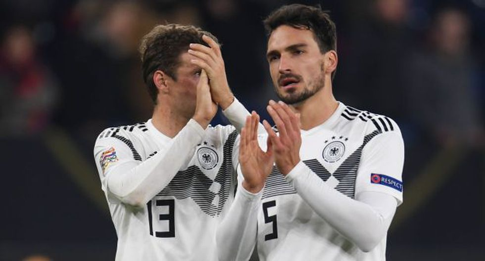 Thomas Müller y Mats Hummels fueron campeones del Mundial Brasil 2014 con la selección alemana. (Foto: AFP)