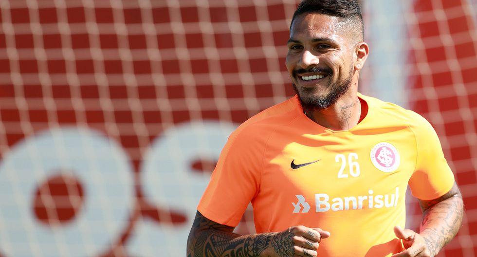Nolberto Solano recomienda a Paolo Guerrero que juegue en Boca Juniors   REUTERS/Diego Vara
