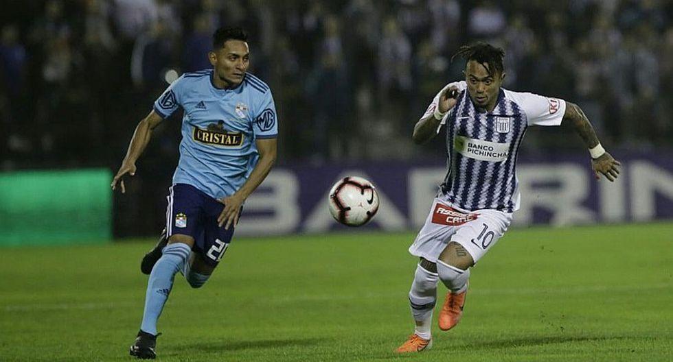 Liga 1: el insólito intercambio de camisetas en Alianza Lima tras triunfo ante Sporting Cristal | FOTO