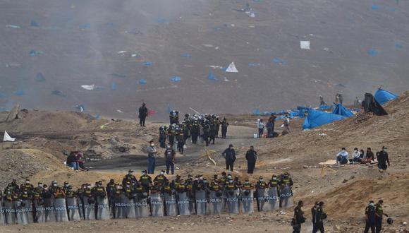 Región Policial informó que se concretó el desalojo de invasores del Morro Solar en Chorrillos, y que ahora resguardarán zona intangible. (Foto: Hugo Curotto/ @photo.gec)