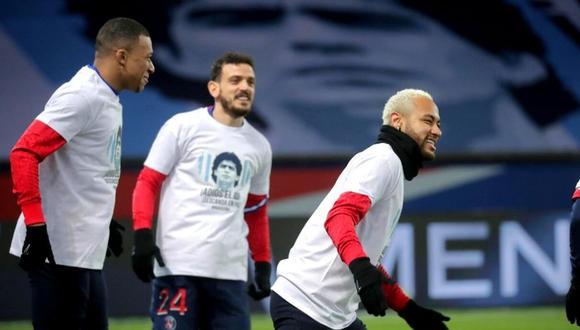 Neymar rinde homenaje a Diego Maradona (Foto: EFE)