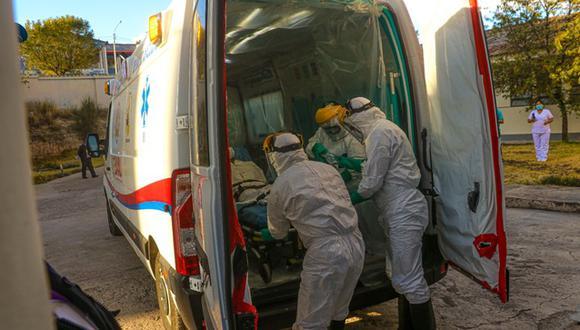Titular de la Diresa exhorta a la población a vacunarse contra el COVID-19 y cumplir con las dos dosis. Foto: Gobierno Regional de Ayacucho