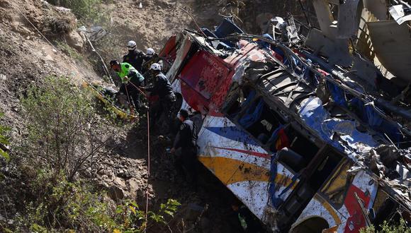 Bus se desplazaba a una velocidad de 95 km/h  antes de caer al abismo de la Carretera Central. (Foto: Hugo Curotto / GEC)