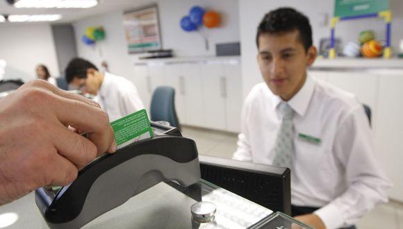 La tasa de interés no es el principal factor que las personas toman en cuenta para solicitar un crédito de consumo (Fuente: GEC)