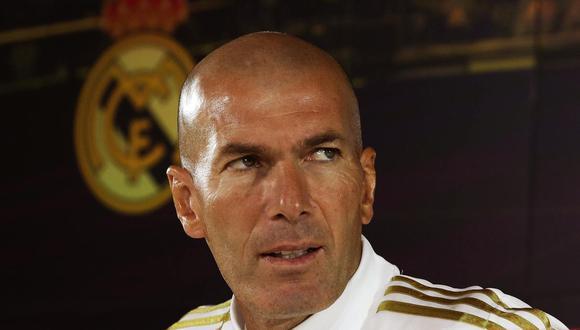 Zinedine Zidane completó la convocatoria de Real Madrid con un futbolista de la filial. (Foto: EFE)