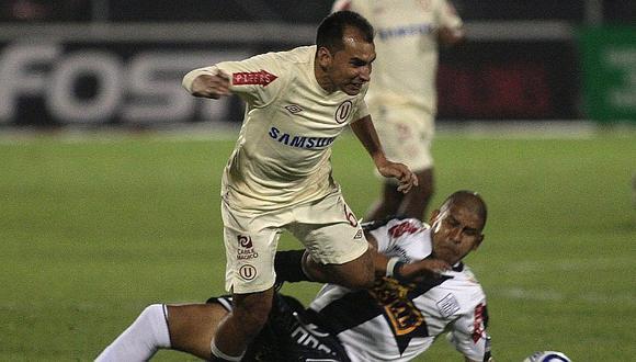Rainer Torres bromea con la posibilidad de jugar en Alianza Lima