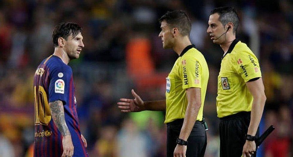 Un furioso Lionel Messi se la desquitó con el árbitro tras empate del Barcelona