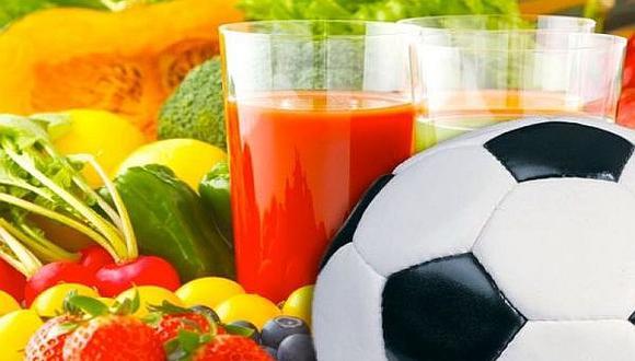 Ocho alimentos básicos para los pequeños futbolistas