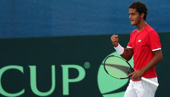 Copa Davis: Juan Pablo Varillas debutó con gran triunfo en los playoffs  (EFE)