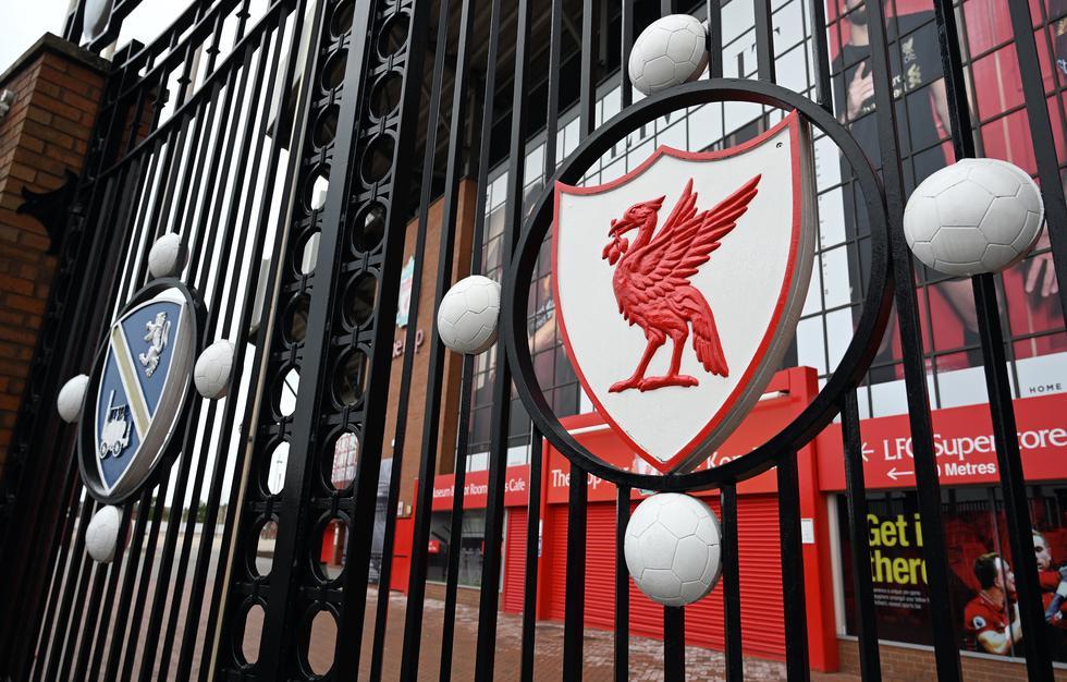 Si no se puede volver a jugar la Premier, una alternativa es es finalizar con la clasificación actual, en la que el Liverpool es campeón virtual al tener 25 puntos de ventaja con el segundo, Manchester City. (Foto: AFP)