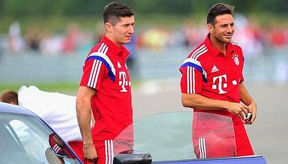 """Lewandowski: """"Mucho de lo que sé, lo aprendí mirando a Claudio Pizarro"""""""