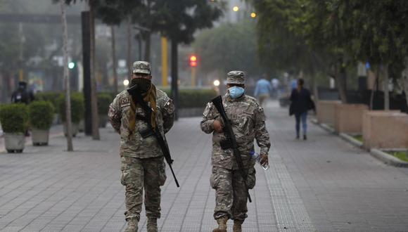 Lima y Callao pasaron de nivel extremo a muy alto. Conoce las nuevas restricciones para frenar el avance del coronavirus.