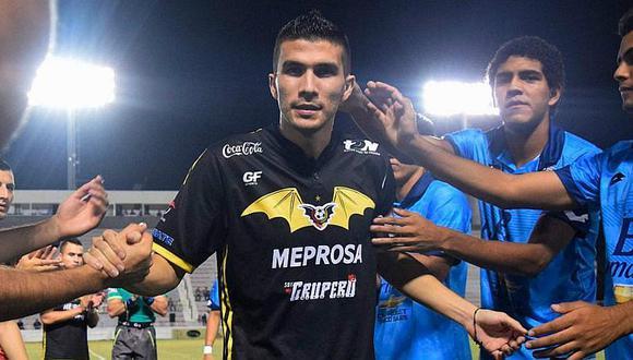 Futbolista mexicano que padece de cáncer tuvo emotiva despedida  [VIDEO]