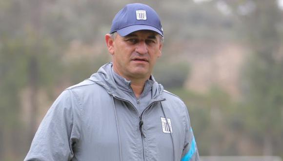 Carlos Bustos llegó a inicios de año al banquillo de Alianza Lima. (Foto: Alianza Lima)