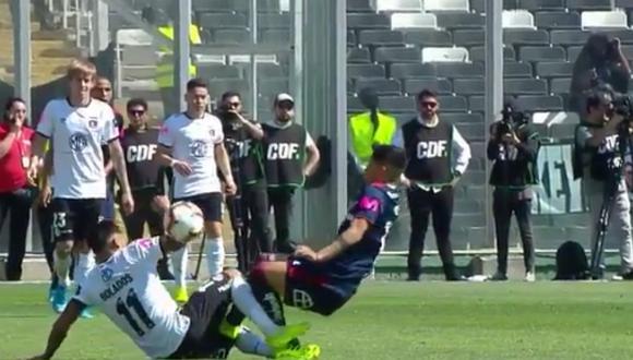 Colo Colo - U de Chile   La brutal falta de Moya en las partes íntimas de Bolados por la que pidieron roja [VIDEO]