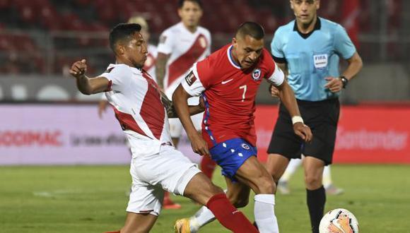 Alexis Sánchez no fue confirmado por Rueda como titular para el choque de este martes ante Venezuela. (Foto: AFP)