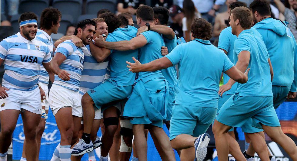"""Mario Ledesma, entrenador de Los Pumas, calificó de """"surrealista"""" el triunfo de su equipo. (Foto: AFP)"""