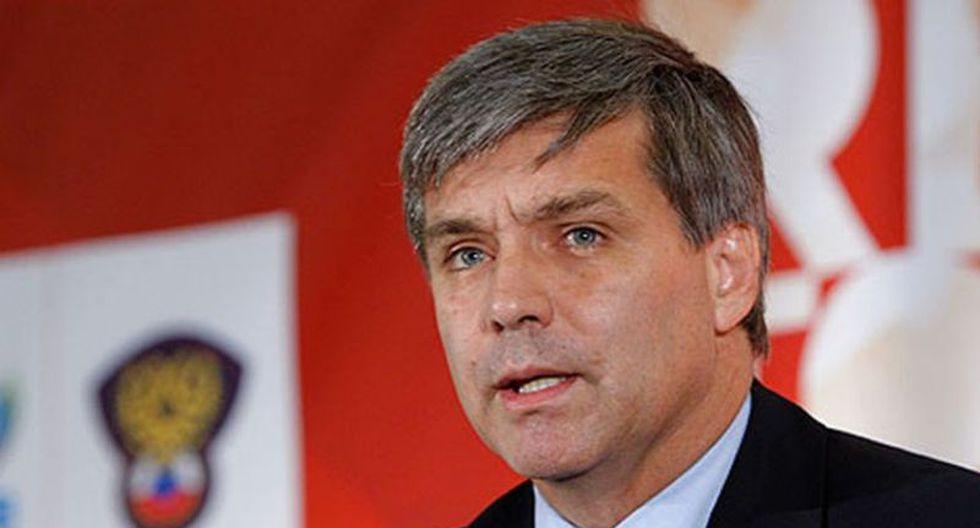 Expresidente de la ANFP de Chile vino a Lima para reunirse con Edwin Oviedo