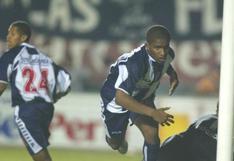 El último título de Farfán con Alianza Lima: campeón del 2003, pero en el 2004 y anotando
