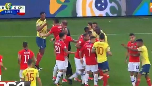 Colombia vs. Chile: así fue la 'caliente' bronca entre Sánchez y Mina tras fuerte falta a Cuadrado | VIDEO