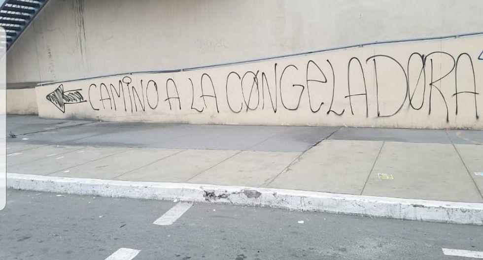 Universitario vs. Alianza Lima: cremas y blanquiazules dejan pintas en las calles a poco del clásico | FOTOS