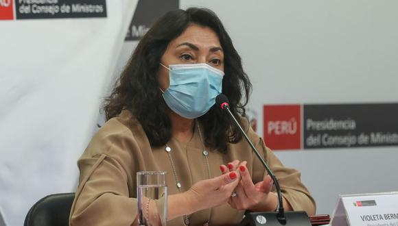 Violeta Bermúdez dijo desconocer supuestas órdenes de compra por más de S/31 mil en tortas, cupcakes y zapatos. (Foto: Andina)