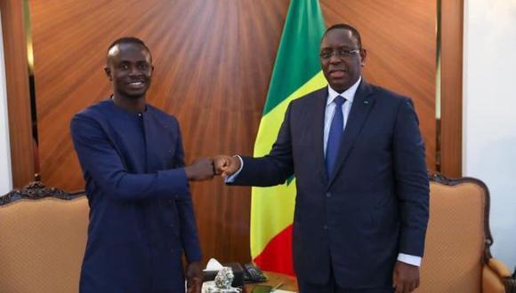 Sadio Mané se reunió con el presidente de Senegal para acordar la construcción de un hospital. (Foto: Twitter)