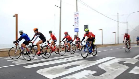 El ministro Salinas detalló que esas vías continuarán restringidas para el uso de deportes como caminatas, uso de bicicletas, patinetas, entre otras actividades deportivas al aire libre. (Foto: EFE)