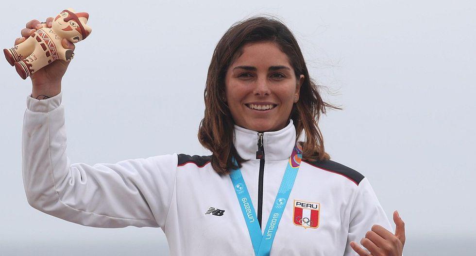 Medalla de plata en Lima 2019, Vania Torres revive fotografía junto a Martín Vizcarra luego de cerrar el Congreso | FOTO