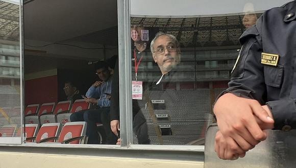Alianza - Universitario EN VIVO | Manuel Burga presente en la final del fútbol femenino | FOTO